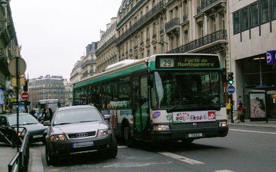 Respect des aménagements bus à Paris : notre courrier à Anne Hidalgo