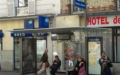 Les usagers critiquent le nouvel abribus parisien