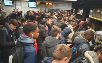 [Grève SNCF-RATP] Les usagers subissent des conditions de transport inacceptables